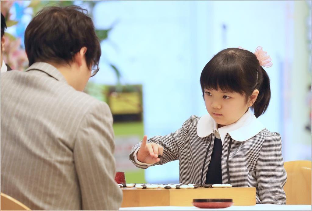仲邑菫 両親 囲碁棋士