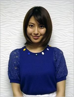 ミキプルーンCM宇宙飛行士役 女優 美人画像